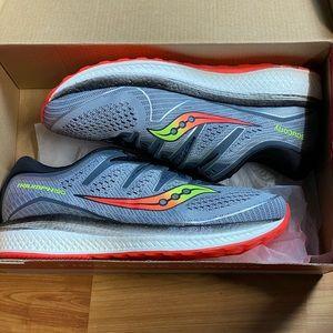 Saucony Men's Triumph ISO 5 Running Shoe
